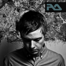 news_thumb_submerse_resident_Advisor_pmc141